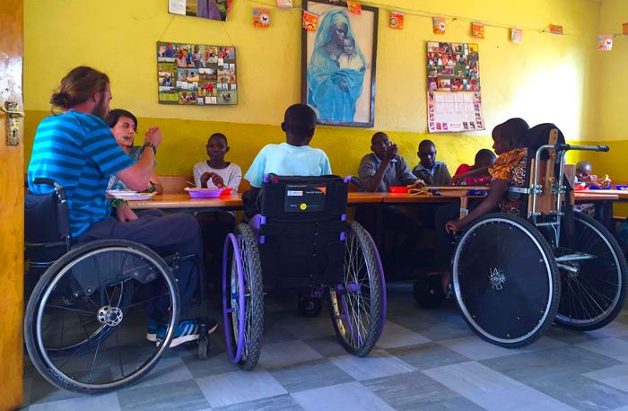Anamarija Šuran i Filip Marić volonteri u Africi, Mali dom