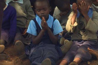 fra-miro-babic-gradnja-crkve-afrika-kenija-zvono-4