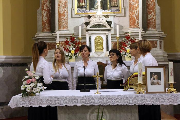 misijska-nedjelja-mali-dom-orebic-crkva-pomocnice-krscana-8
