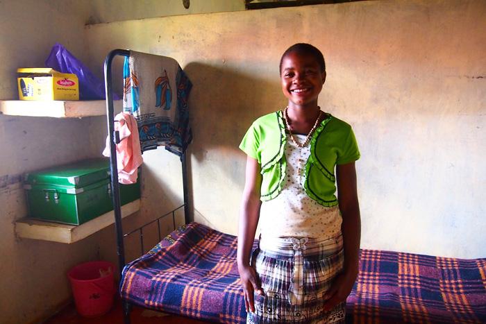 Misija Afrika, Mali dom, Svjetlo riječi